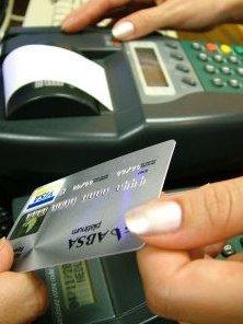 8b853560422f Como parcelar as compras no cartão de crédito? - Crédito ou Débito