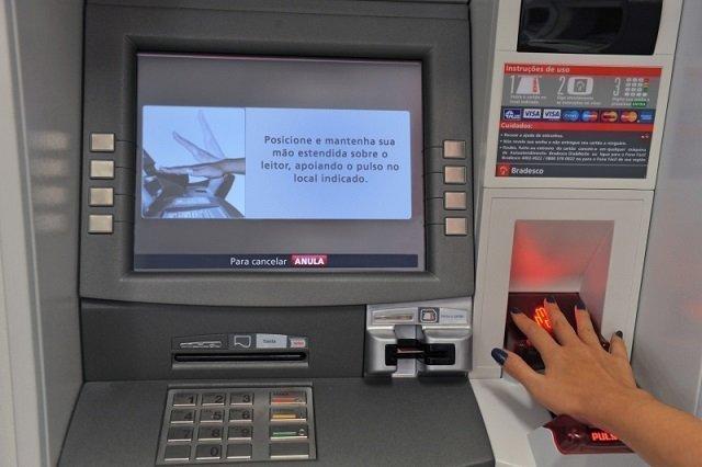 Biometria nos bancos tirar dinheiro sem senha e sem carta Sacar dinheiro no exterior banco do brasil